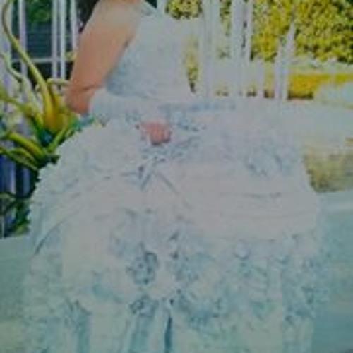 Esme Campos's avatar