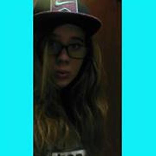 Emily Crosby 6's avatar