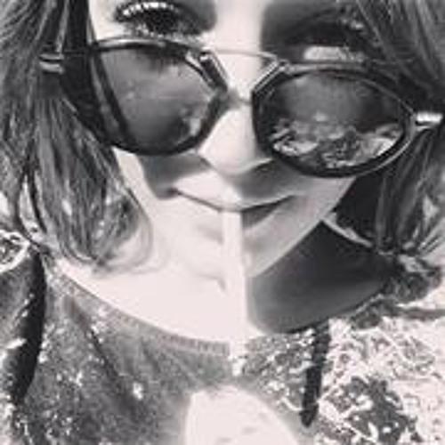 Emmanuelle Estour's avatar