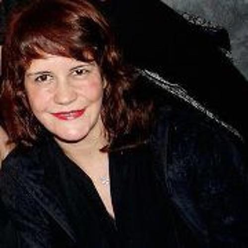 Daniela Ribeiro Benini's avatar