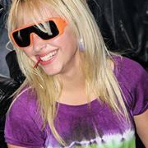 Bianca Alves 11's avatar