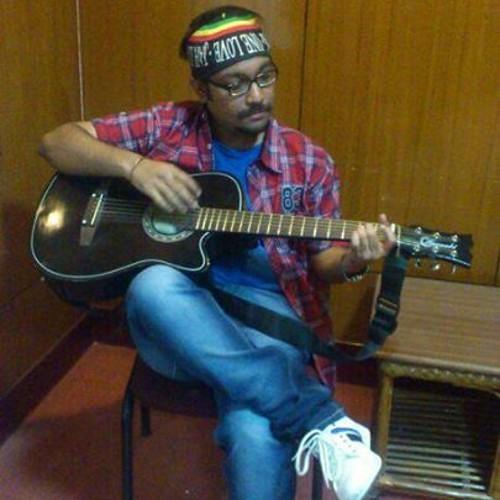 Pinaki Roychowdhury's avatar