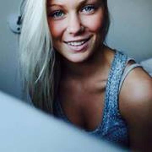 sarahløvbeck's avatar