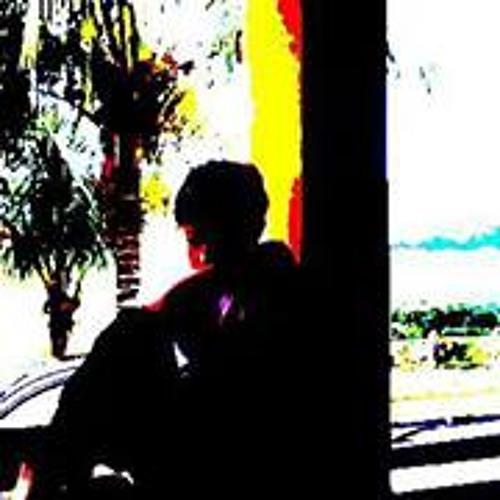 Victor Oliveira 87's avatar