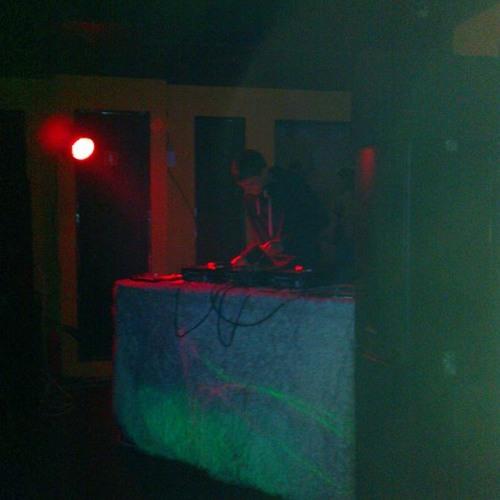 DJ Titov's avatar