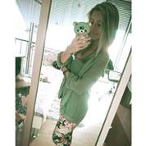 Mariella Jessica's avatar