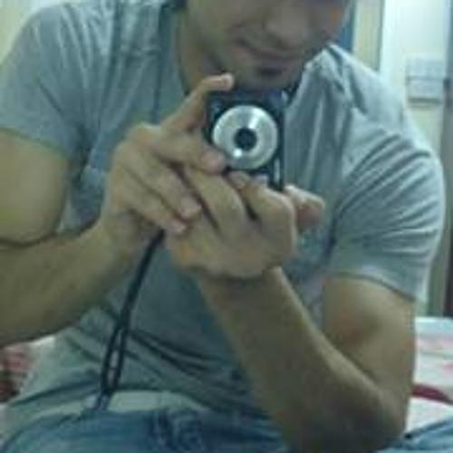 Qasim Qureshi's avatar