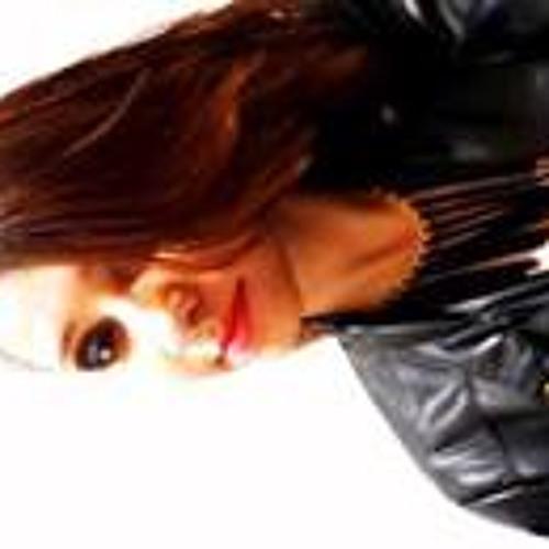 Rhillary Silva's avatar