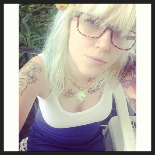 mamabyrd's avatar