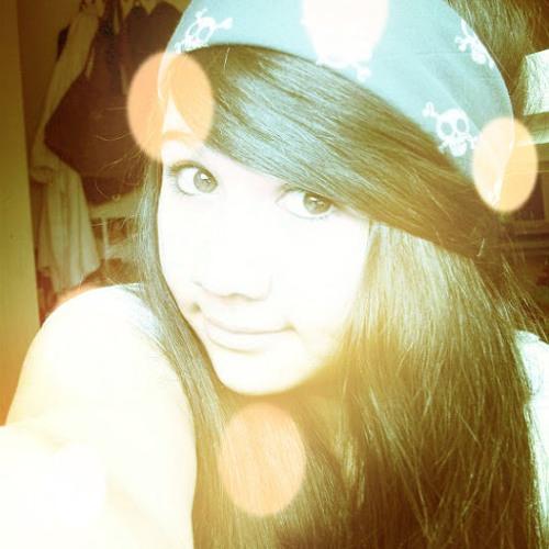 Christina N's avatar