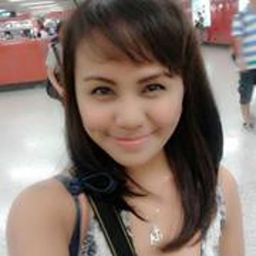 Jhenille Reyes's avatar