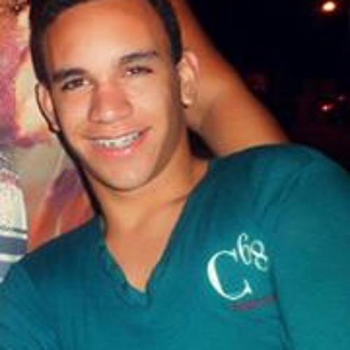 Vinicius Marques 42's avatar