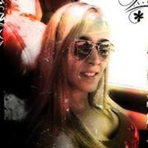 Silvia Moyano's avatar