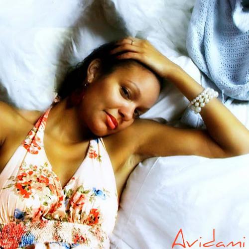 Ms. Avi's avatar
