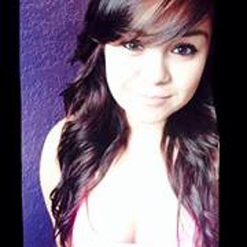 Alexandria Leal's avatar