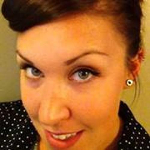 Elizabeth Cahill's avatar
