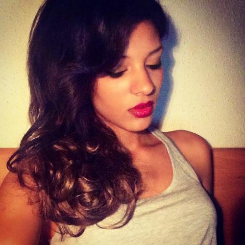 Magda Ferrer Malú's avatar