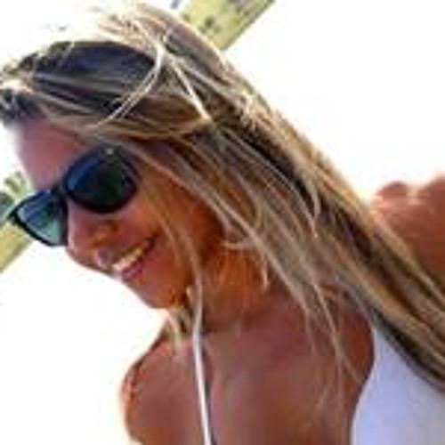 Bianca Carmo 1's avatar