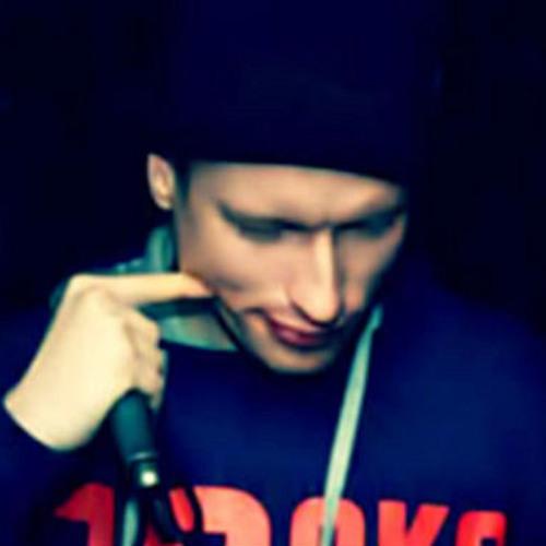 Maxim Omar's avatar