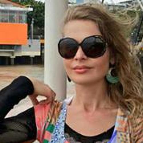 Viviane Carvalho 15's avatar
