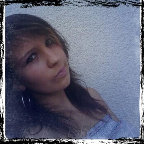 Mademoiselle Kat's avatar
