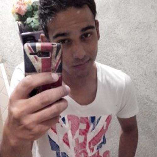Reinaldo Aivy's avatar