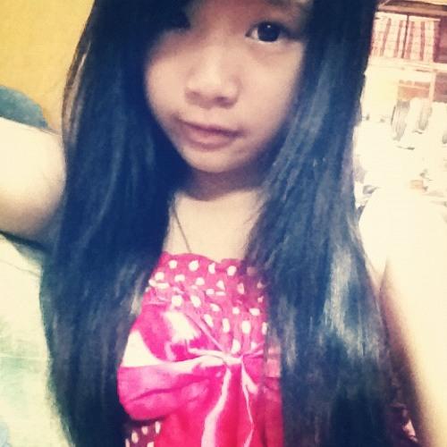 Chia Yi's avatar