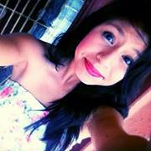 Esme Estrada's avatar