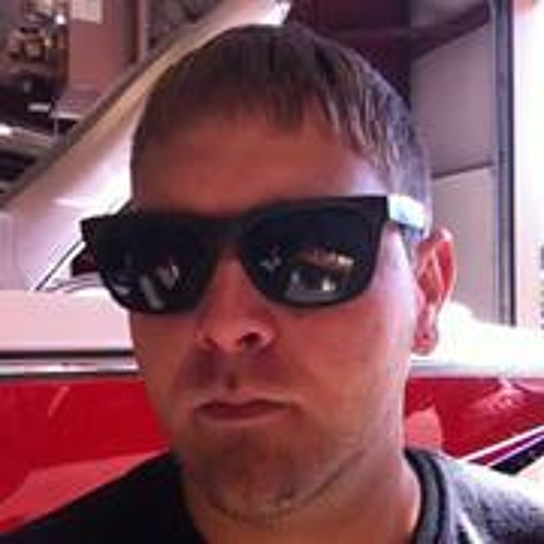 Josh Charbonneau's avatar
