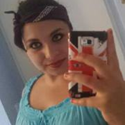 Julia Idomir's avatar