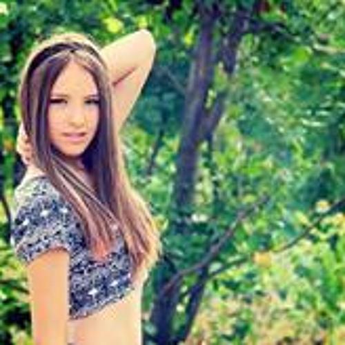 Elena Georgescu 2's avatar