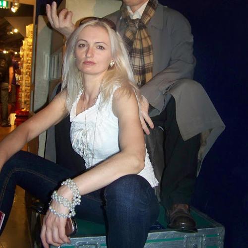 Karolina Golinska's avatar