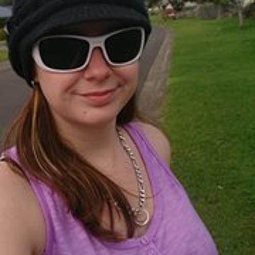 Breeby Julie-Anne Hassall's avatar