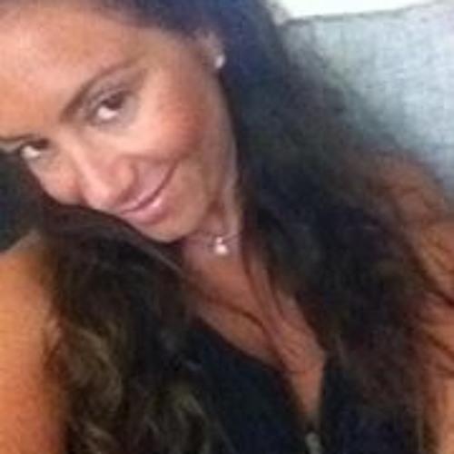 Karine Uzan's avatar