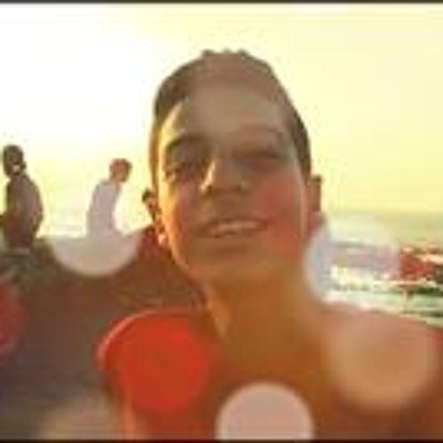 Yassine Tangawi's avatar