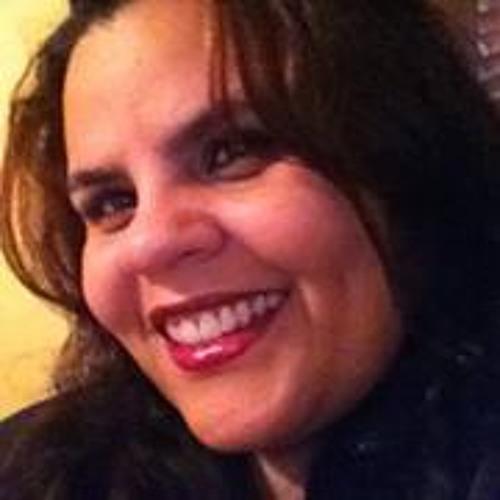 Elizabeth Nazareth's avatar