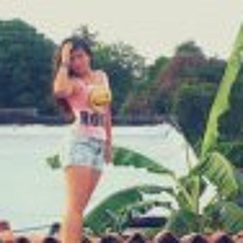 Maria Beatriz Lopez's avatar