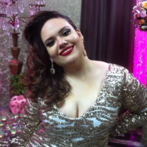 Juliana Bensi's avatar