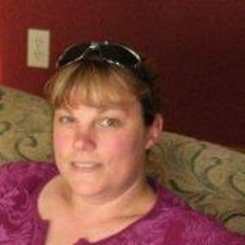 Lynn Roark's avatar