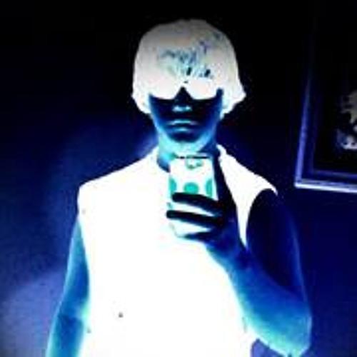 Emilio Nusen's avatar