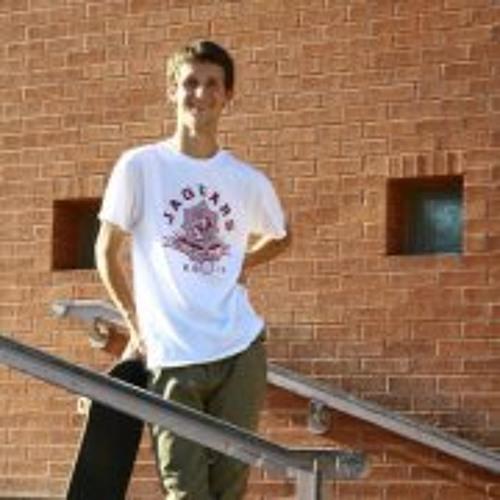 Logan Mills 4's avatar