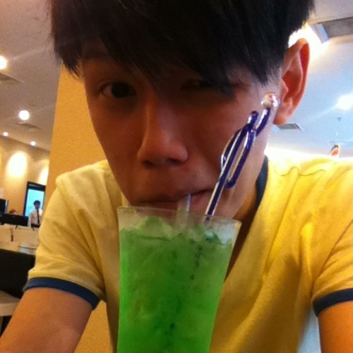 Edwin Yeoh's avatar