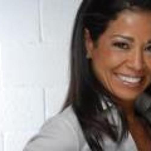Mary Batista 5's avatar