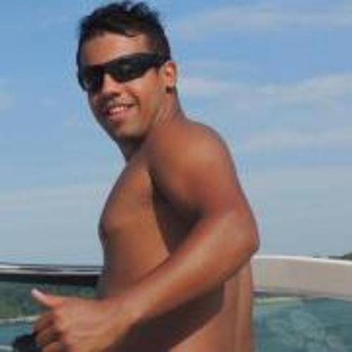 Carlos Patricio 8's avatar