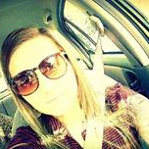 Stephania Arzamendia's avatar