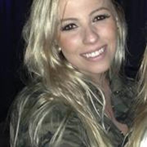 Carolina Matias Faria's avatar