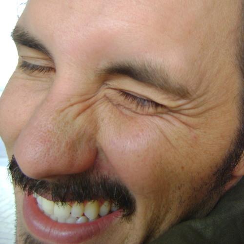 Luiz Goncalves's avatar