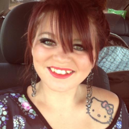 camellamarie;)'s avatar