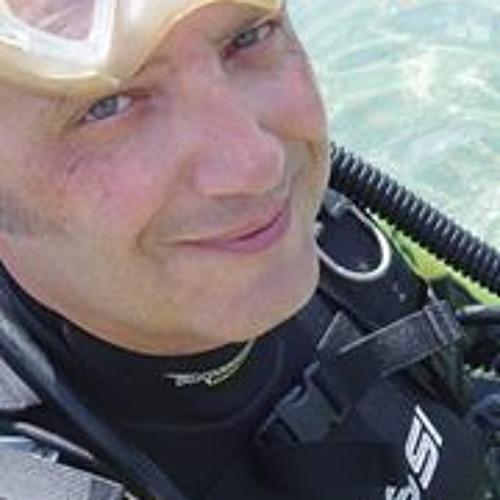 Andrés Moreno Galindo's avatar