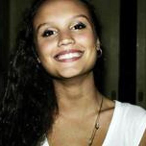 Lorena Lourenço 2's avatar